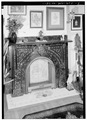 FRONT ROOM MANTELPIECE - Christian Hess House, 811 Main Street, Wheeling, Ohio County, WV HABS WVA,35-WHEEL,34-7.tif
