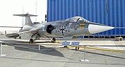 PESAWAT TEMPUR 180px-F_104_Starfighter