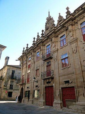 Casa do Cabido - Image: Fachada de la Casa del Cabildo rehabilitada en 2011