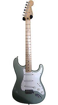 Fender Stratocaster 004-2