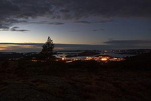 Fitjar - View of Fitjar by night