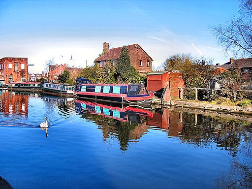 Flickr - ronsaunders47 - Canal to oneself.