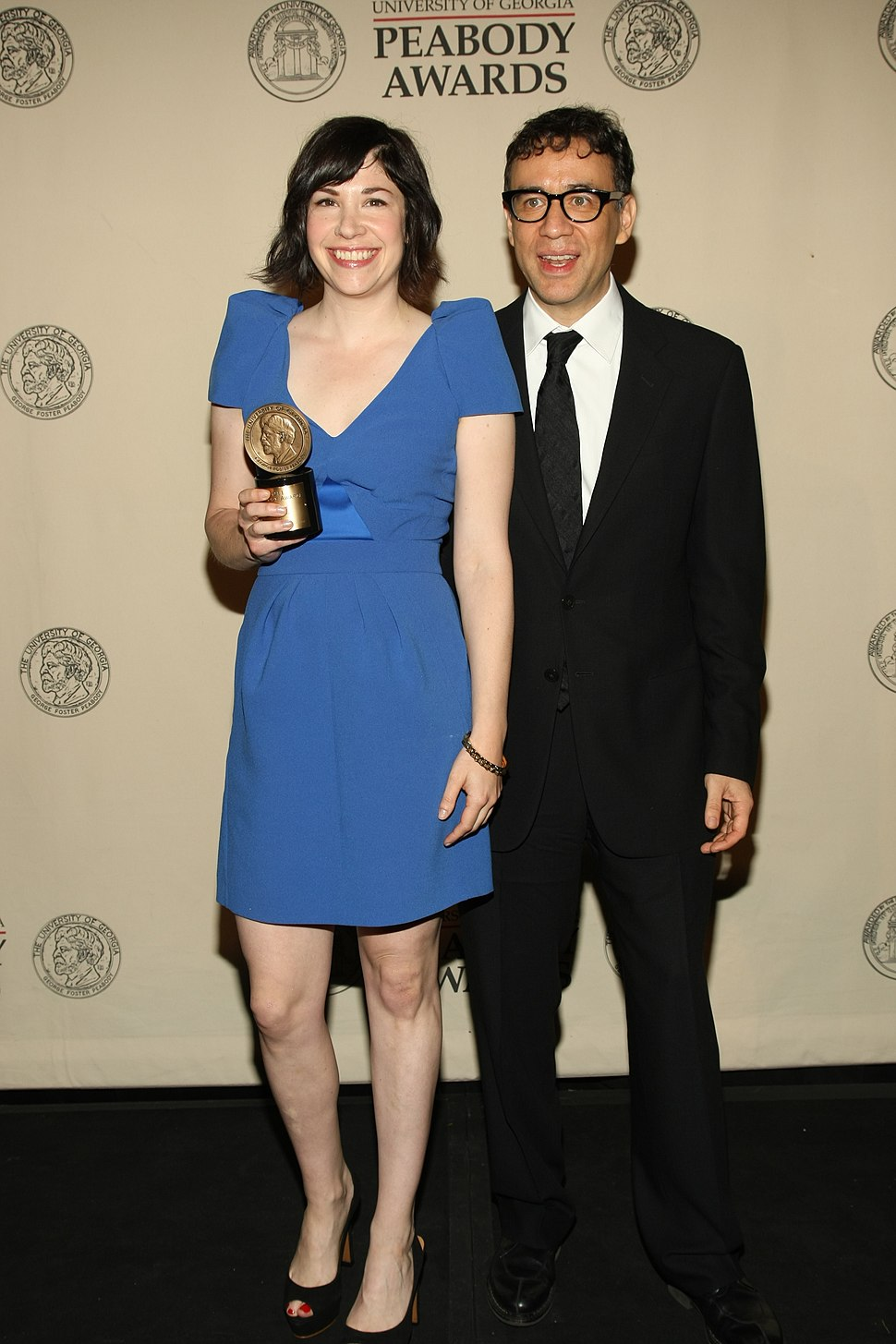 Fred Armisen and Carrie Brownstein with Peabody Award