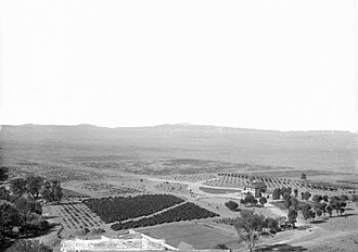 Beaumont, California - Image: Fruit ranch owned by A.H. Judson, Beaumont, California, ca.1890 1900 (CHS 2002)
