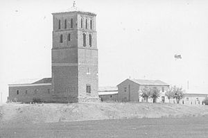 Bustillo de Chaves - Image: Fundación Joaquín Díaz Iglesia de Nuestra Señora de las Eras. Torre Bustillo de Chaves (Valladolid)