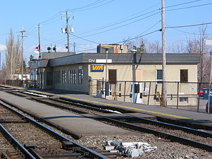 Saint-Lambert station - Via Rail platform at Saint-Lambert station