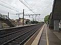 Gare de Belleville-sur-Saône sous la pluie 2 (mai 2019).jpg