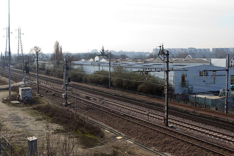 File:Gare de Grigny-Val-de-Seine - 4IMG 0111.jpg