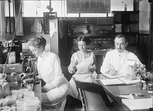 George Stiles Lab, 1912, from Wikimedia Commons