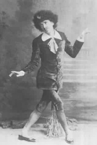 Gilbert and Sullivan - George Grossmith as Bunthorne in Patience, 1881