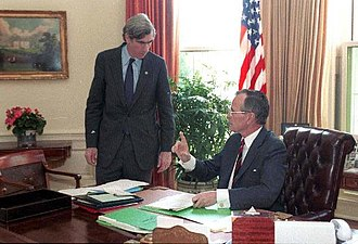 C. Boyden Gray - Gray with President George H. W. Bush in 1989