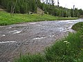 Gibbon River (Chocolate Pots, Gibbon Geyser Basin, Yellowstone, Wyoming, USA) 1 (19735309156).jpg