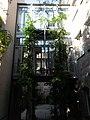 Gläsernes Treppenhaus im Kreuzgassenviertel.JPG