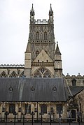 Gloucester Cathedral (Holy Trinity) (15169309455).jpg