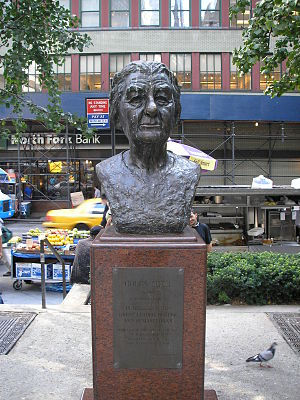 Golda Meir (Goldfine) - The sculpture in 2007