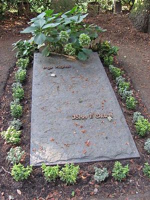 Inge Meysel - Grave of Inge Meysel in Friedhof Ohlsdorf (2011)