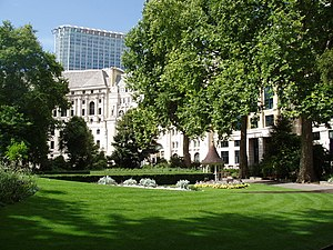 Finsbury Circus - Lutyens' Britannic House seen from the central green