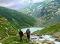 Group Trekking near Gangbal.jpg