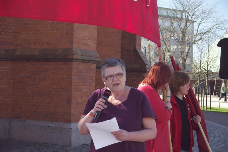File:Helsingborg 1Maj 2012 Marianne Berg(v).tiff