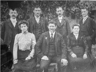 Hermann Hammesfahr - Hermann Hammesfahr appears center front, with family.