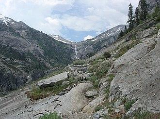 High Sierra Trail - Trail near Hamilton Lake