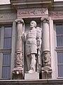 Hildesheim-Kaiserhaus.Statue.03.JPG