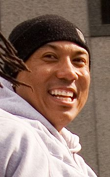 Hines Ward at Super Bowl parade.jpg