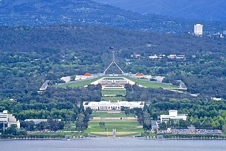 Canberra from Mount Ainslie: across the lake is Old Parliament House and behind it the new Parliament House Houses of Parliament viewed from Mount Ainslie.jpg