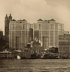Hudson Terminals 1912) (14596469577) (cropped).jpg