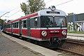 I10 221 Hp Kraków Łagiewniki, EN57 1947ra.jpg