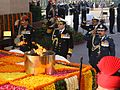 Indian Armed Forces services chiefs saluting the martyrs at Amar Jawan Jyoti on Navy Day 2014.jpg