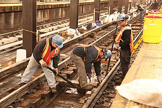 Euclid Avenue (IND Fulton Street Line) - Weekend construction work at the station