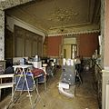 Interieur, overzicht van centrale achterkamer met stucplafond met sierranden, op de eerste verdieping - Tilburg - 20388671 - RCE.jpg