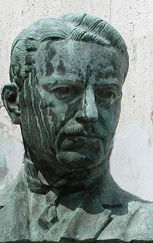Ivar Wickman - Detail: Ivar Wickman's bronze bust