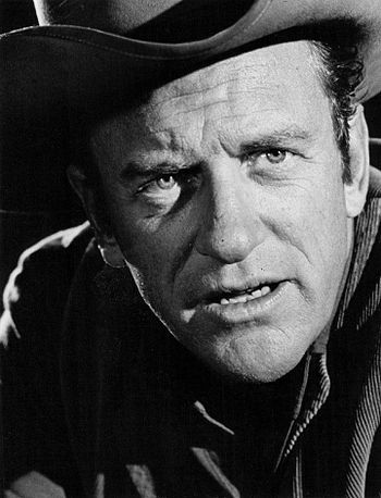 Publicity photo of James Arness as Sheriff Mat...