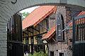 Köln Esch Griesberger Str. 19 Damianshof Toreinfahrt (2494).jpg
