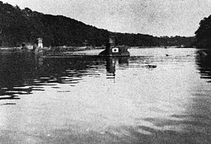 Japanese Special Attack Units - A Kairyu in the Aburatsubo inlet