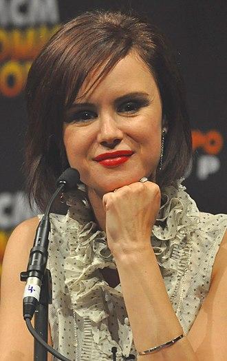 Keegan Connor Tracy - Tracy at MCMComicCon, 2013