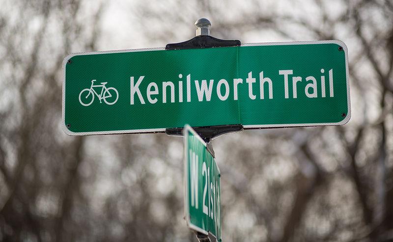 File:Kenilworth Trail Bicycle Path Sign 15242686593 88a09b9ee0 o.jpg