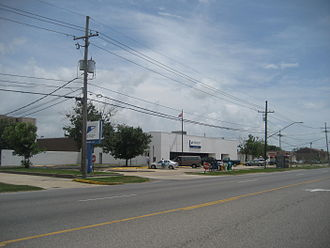 Kenner, Louisiana - Kenner Post Office with LA 49 / Williams Blvd. in foreground