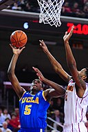 Kevon Looney against USC (cropped).jpg