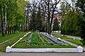 Kivertsi Volynska-brotherly grave of soviet warriors-general view-2.jpg