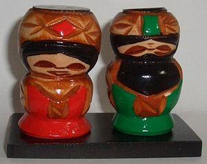 Koro-pok-guru - Wooden Koro-pok-guru dolls