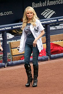 Chenoweth sang the U.S. national anthem for the Yankees' Home Opener, 2010