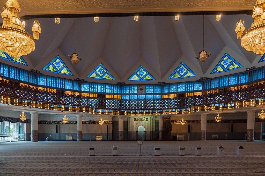 Kuala Lumpur Malaysia National-Mosque-03