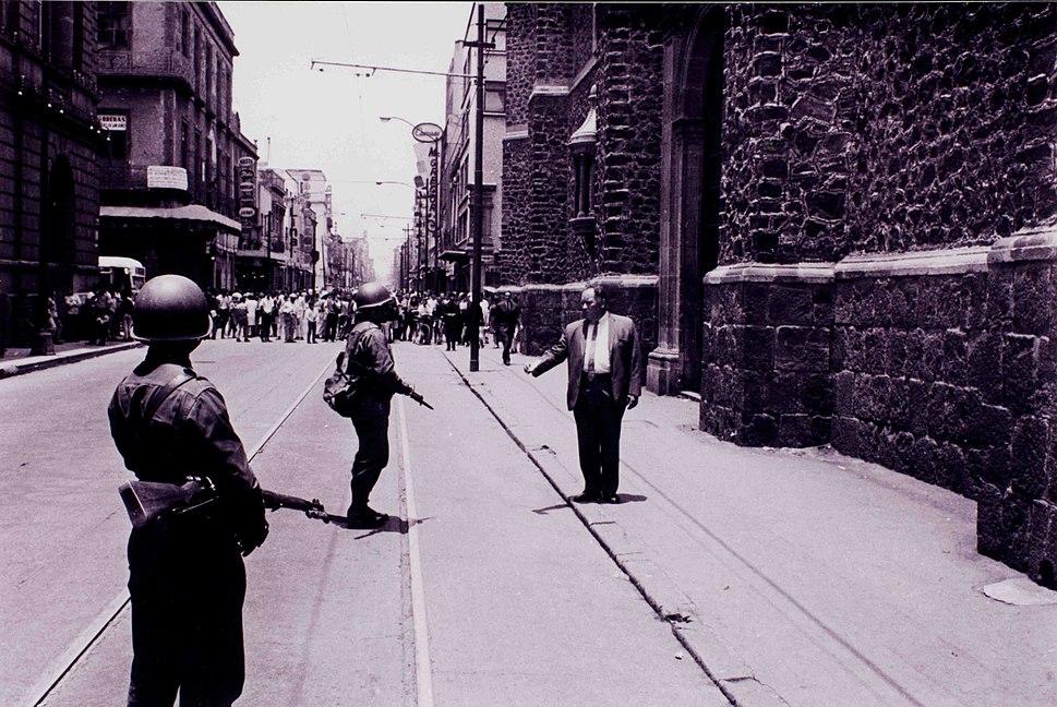 L'exèrcit al carrer 30 de juliol