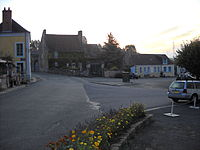 La Perrière - Main square.JPG