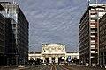 La Stazione Centrale di Milano vista da via Vittor Pisani.jpg
