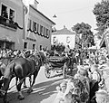 Landauer in de optocht bij de oogstfeesten, Bestanddeelnr 254-1897.jpg