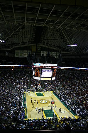 Seattle SuperSonics relocation to Oklahoma City - The interior of KeyArena during the Sonics' last home game in Seattle, played against the Dallas Mavericks.
